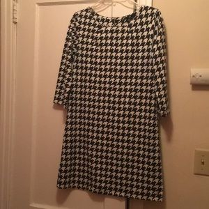 H&M Houndstooth dress size S